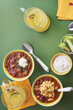 Since football season encompasses much of the fall season, chili is a natural addition to your tailgating menu. Give it a Mexican twist with chiles, spices, and dark Mexican beer for an ultra-satisfying, warming soup. Mexican Beer, Mexican Dishes, Mexican Food Recipes, Dessert Recipes, Alabama Football, American Football, College Football, Pork Recipes, Fun Recipes