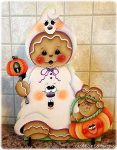 Make Halloween Hanging Ghosts - An easy and dramat Gingerbread Ornaments, Gingerbread Decorations, Gingerbread Man, Christmas Ornaments, Halloween Items, Holidays Halloween, Halloween Crafts, Disney Christmas Decorations, Halloween Decorations