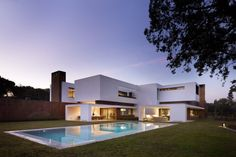 House in La Moraleja by DHAL & GHG Architects