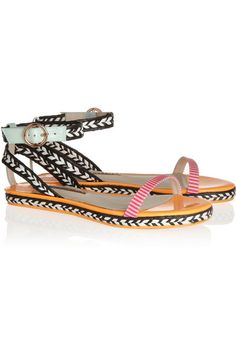 These statement flats would be perfect with skinny jeans or a maxi dress