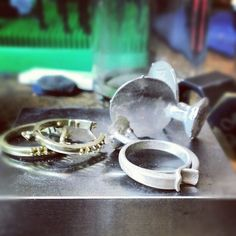 Another batch of successful castings #metalcasting #whitegold #yellowgold #jeweler #jewelrydesign #jewelerbench