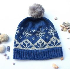 English and Norwegian pattern in Norwgianstyle With selburoses and snowcrystal :) Sewing Baby Clothes, Beanie Pattern, Fair Isle Knitting, Kids Hats, Knitted Hats, Knit Crochet, Winter Hats, Pure Products, Blog
