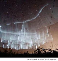 Amazing aurora boralis   Amazingly Timed Photos