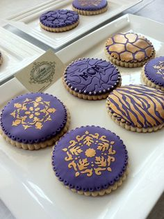 Cookies Couture Large 42550 & Thick Perfect by BeliciasCupcakes, $39.00