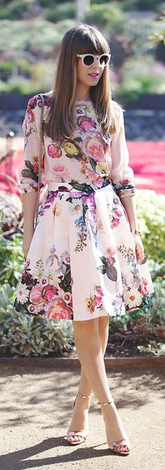 like the shape and length of this skirt, and would wear a pattern like this to a garden wedding. :)