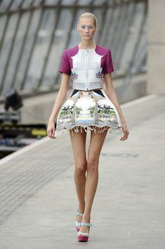 Mary Katrantzou at London Fashion Week Spring 2011 - Runway Photos