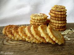Di gotuje: Ciasteczka serowo-cebulowe (z serka topionego)