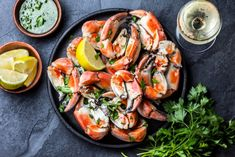 Pescatarian diet: Pros, cons, and what to eat Health Eating, Healthy Eating Tips, Healthy Recipes, Plant Based Diet, Plant Based Recipes, Cooking Without Oil, Pescatarian Diet, Valeur Nutritive, Fatty Fish