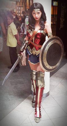 The Baddest 'BvS' Wonder Woman Cosplay Yet