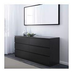 IKEA - MALM, Kommode 6 skuffer, sortbrun, , Dit hjem skal selvfølgelig være et sikkert sted for hele familien. Derfor medfølger der et sikkerhedsbeslag, så du kan fastgøre kommoden til væggen.Hvis du vil ha' orden indvendigt, kan du supplere med SKUBB bokse, 6 stk.Letløbende skuffer med skuffestop.Ægte træfiner sikrer, at kommoden bliver smukkere med årene.