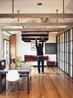 The 580 Sq Ft Hollywood Cabin of Vincent Kartheiser in interior design architecture. May I please have a suspended bed?
