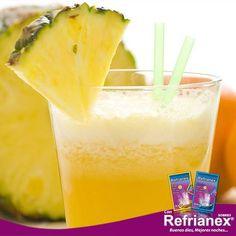 Hoy te recomendamos un RICO y refrescante SMOOTHIE pleno DE VITAMINA C. Necesitarás: 1 taza de piña en trozos, 1/2 taza de jugo de naranja recién exprimido, 1 limón sin cáscara, 1/4 de taza de fresa sin tallos, 2 cucharadas de jugo de limón recién exprimido. Coloca todos los ingredientes en una licuadora, procesa los mismos hasta tener una consistencia homogénea.  Con REFRIANEX sobres Día y Noche Buenos días, Mejores noches… #Refrianex #SaludyBienestarBagó