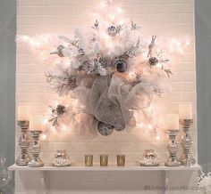 Creative Diy Home Decor Beautiful Easy Holiday Home Decor Crafts Living Locurto A Szmfnqw Small Christmas Trees, Decorating With Christmas Lights, White Christmas, Christmas Holidays, Christmas Mantles, Victorian Christmas, Christmas Christmas, Beautiful Christmas, Vintage Christmas