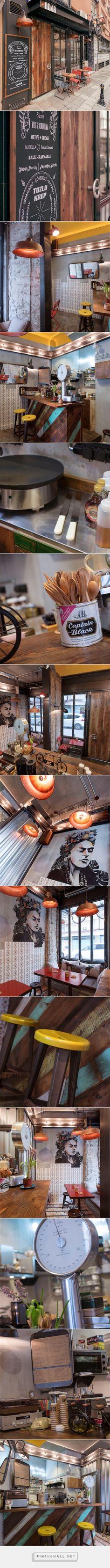Кафе-блинная в Стамбуле на 15 кв. метрах