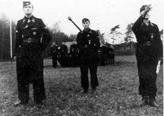 (Jochen Peiper, Hans Gruhle, Werner Wolff in Rahden). Reggio, Joachim Peiper, Germany Ww2, Military Dogs, The Third Reich, Portraits, Red Army, German Army, Panzer