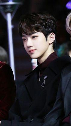 Credit to owner Yoo Seonho, Ong Seung Woo, Guan Lin, Lai Guanlin, I Want Him, Kim Jaehwan, Ha Sungwoon, Kpop, Flower Boys