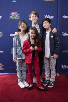 https://flic.kr/p/TKAHkm | 146620_KN5_2094 | DISNEY CHANNEL PRESENTS THE 2017 RADIO DISNEY MUSIC AWARDS -  (Disney Channel/Image Group LA) MALACHI BARTON, ARIANA GREENBLATT, ETHAN WACKER, BRYCE GHEISA