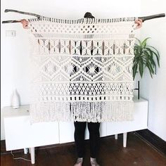 "MODERN MACRAME en Instagram: ""We ❤️ this piece from @natalie_ranae! Such beautiful work! Tag your photos with #modernmacrame to share your projects with us!"""