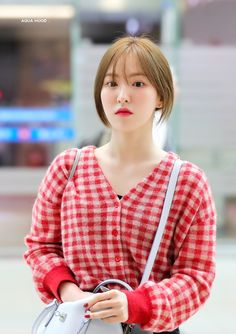Seulgi, Coral, Aqua, South Korean Girls, Korean Girl Groups, Wendy Red Velvet, Kim Yerim, Airport Style, Peek A Boos