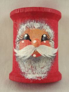 NEW Handpainted Half Wooden Spool CHRISTMAS SANTA Pin Brooch