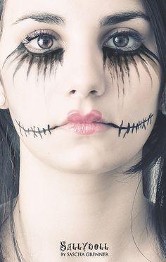 doll makeup for Halloween - Halloween Costumes 2013 Halloween Cosplay, Halloween Make Up, Halloween Party, Halloween Costumes, Halloween Face Makeup, Halloween Clothes, Scary Halloween, Vintage Halloween, Last Minute Kostüm