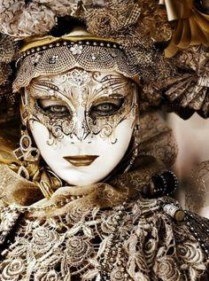 Carnaval Masquerade inspiration for… Venetian Carnival Masks, Carnival Of Venice, Venetian Costumes, Venice Carnivale, Venetian Masquerade Masks, Mardi Gras, Costume Venitien, Venice Mask, Beautiful Mask