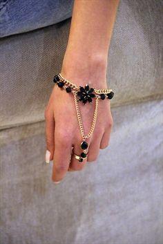Best of Accessories - Siyah Çiçekli Taşlı Şahmaran CEX02B2906 %63 indirimle 14,99TL ile Trendyol da