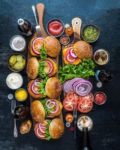 40 Remarkable Pics To Help Get You Over The Hump - Funny Gallery Party Food Platters, Tasty, Yummy Food, Yummy Lunch, Snacks Für Party, Food Presentation, Bon Appetit, Love Food, Food Inspiration