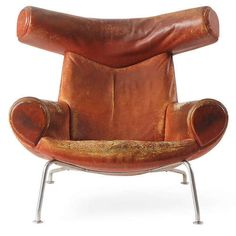 Ox Chair, Hans J Wegner. Source:WellWornWornWell.