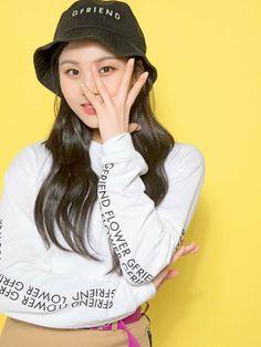 Photo album containing 13 pictures of GFRIEND Kpop Girl Groups, Korean Girl Groups, Kpop Girls, Mamamoo, Self Portrait Poses, Kim Ye Won, Jackson, Sinb Gfriend, Lisa