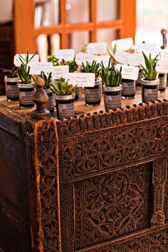 Take-home place cards to plant