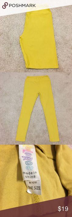 LuLaRoe NWOT Mustard OS Leggings Brand new. Great color for spring, summer or fall! Any season really! LuLaRoe Pants Leggings
