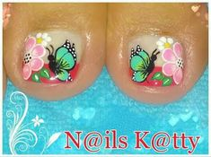 Hermoso diseño de mariposas para una linda pedicura ~ Manoslindas.com Cute Pedicures, Pedicure Nails, Diy Nails, Manicure, Cute Toe Nails, Toe Nail Art, Love Nails, Pedicure Designs, Toe Nail Designs
