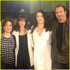 Gilmore Girls' Cast Reunites Eight Years Later! (Photos) | Alexis ...