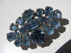 Vintage Signed Weiss Pear Emerald Cut Blue Rhinestone Lapel Bar Pin Brooch