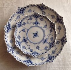 LilyOake Love the fluted edge on these plates.  Think they are Royal Coppenhagen.  Love this site!!