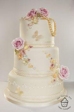 Vintage Wedding Cake - by YellowBeeCakeCompany @ CakesDecor.com - cake decorating website