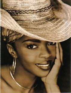 crazy gorgeous Lauryn Hill