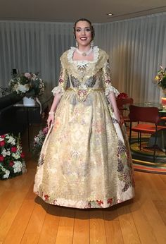 Festivals Around The World, Fairytale Dress, Beautiful, Dresses, Fashion, Victorian Dresses, Glow, Vestidos, Moda