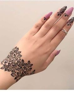 Latest Amazing Mehndi Designs For Parties Hello Guys! here you will see Latest Mehndi Designs with Amazing Patterns for your Hands and. Finger Henna Designs, Henna Art Designs, Mehndi Designs For Girls, Modern Mehndi Designs, Mehndi Designs For Fingers, Mehndi Design Pictures, Beautiful Henna Designs, Latest Mehndi Designs, Arabic Mehndi Designs