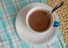 3x Healthy Hot Chocolate. Lekker voor de koude dagen en ook nog eens gezond! Healthy Hot Chocolate, Healthy Recipes, Healthy Food, Yummy Food, Lunch, Homemade, Dinner, Tableware, Cold Weather