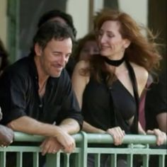 Bruce Springsteen and Patti Scialfa - Look of love