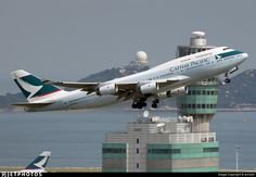 Boeing 747-467 - Cathay Pacific Airways Boeing 747 400, Boeing Aircraft, Airbus A380, Pacific Airlines, Best Airlines, Kai Tak Airport, Aircraft Images, Dragonair, Commercial Plane