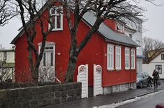 Red House 2 in Reykjavik by Iceland Islande  Become a fan of Iceland : https://www.facebook.com/pages/Iceland-Islande/290827774568