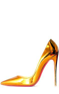 Peek Inside a Fashion Editor\u0026#39;s Beautiful Brooklyn Wedding | Gold ...