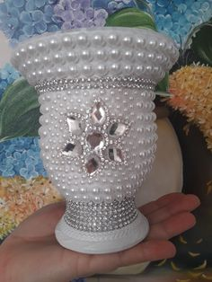 Dollar Tree Candle Holders, Dollar Tree Centerpieces, Dollar Tree Decor, Dollar Tree Crafts, Christmas Centerpieces, Arts And Crafts Projects, Diy Home Crafts, Bling Bedroom, Diy Para A Casa