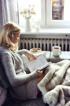 cashmere, faux fur, warm tea and a book. Heaven!