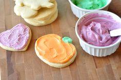 Sugar Cookies {My Favorite Recipe!} via @melskitchencafe