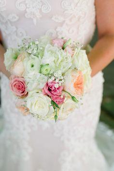 Recap #2: Pro Pics!! (Pic Heavy!) - Weddingbee