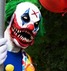 Clown Skinner Mask Killer Scary Fancy Dress Up Halloween Adult Costume Accessory 853270003994 Halloween Clown, Halloween Makeup Artist, Zombie Halloween Costumes, Scary Halloween Costumes, Carnival Costumes, Adult Costumes, Evil Clown Makeup, Scary Clown Mask, Evil Clowns
